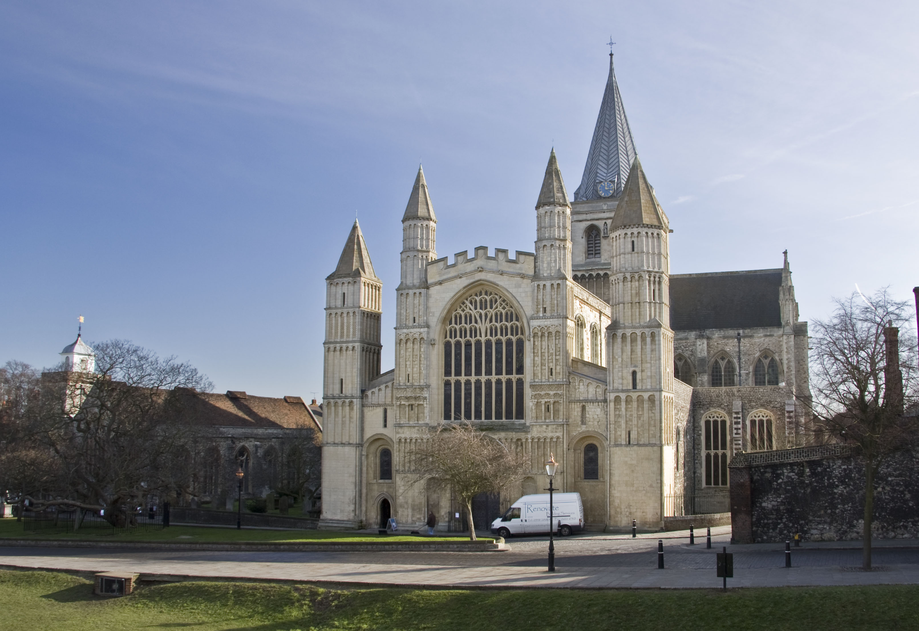 Rochester cathedral coach hire allenby coach hire for Rochester house